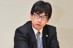 株式会社 ROKI